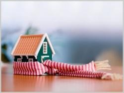 Надо ли утеплять деревянный дом?
