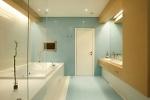 Дизайн просторной ванной комнаты