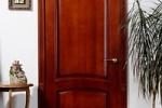Деревянные двери лучше всего