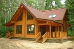 деревянный домик в деревне