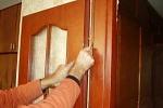 установить дверь из массива