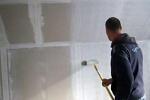 Как обработать стены универсальной грунтовкой