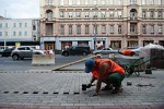 Мощение городских улиц тротуарной плиткой