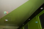 Использование натяжных потолков из ПВХ