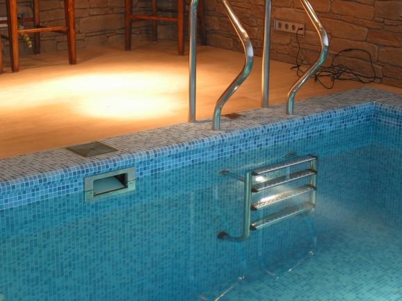Skimmer konstrukcija bazena